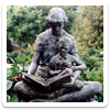 Statue of a woman reading